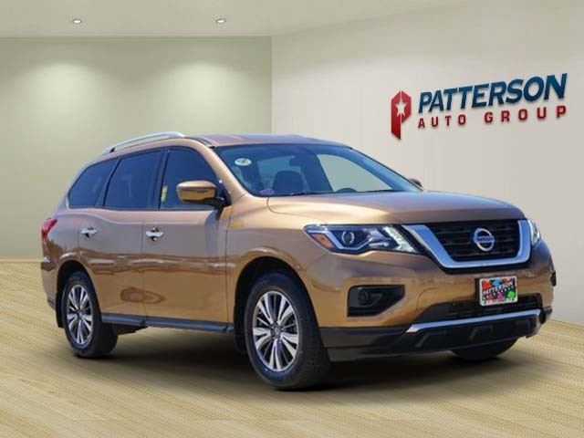 Pre Owned 2017 Nissan Pathfinder S